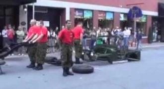 Αποσυναρμολογώντας και συναρμολογώντας ένα Jeep σε 4 λεπτά (Video)