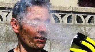 Έριξε υγρό άζωτο στο πρόσωπο σου; Τι συνέβη? (Βίντεο)