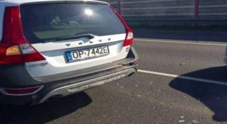 Fiat συγκρούστηκε με Volvo μπορείτε να φανταστείτε αποτέλεσμα! (video)