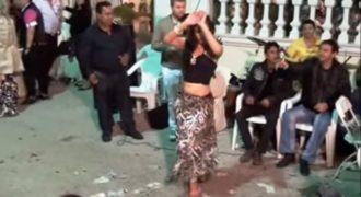 Η τσιγγάνα κούκλα χορεύτρια που κάνει θραύση στο διαδίκτυο!