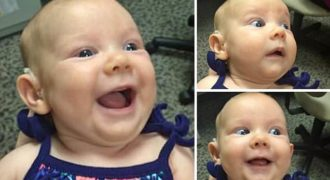 Η Συγκινητική στιγμή που ένα κουφό Μωράκι ακούει τη φωνή της Μητέρας του για πρώτη Φορά!
