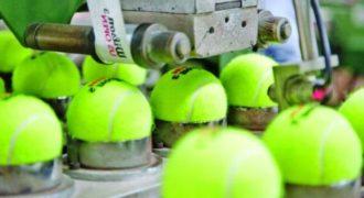 Πώς φτιάχνονται τα μπαλάκια του τένις; (Video)