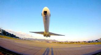 Πως είναι να απογειώνεται ένα αεροπλάνο πάνω από το κεφάλι σου (Video)