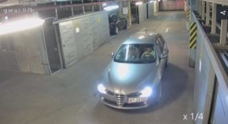 Δείτε πώς βγάζει ένας μεθυσμένος το αυτοκίνητό του από πάρκινγκ – Μην το κάνετε (Video)