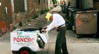 Η ιστορία πίσω από τη φωτογραφία που απέφερε 318.000 δολάρια σε έναν 89χρονο