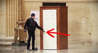 Μπορείς να φανταστείς τι κρύβεται πίσω από αυτή την πόρτα; Ούτε αυτοί που την άνοιξαν περίμεναν κάτι τέτοιο…