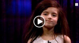 Αυτή η 7χρονη έχει Ξετρελάνει τους Πάντες με τη Μαγική Φωνή της. Μόλις την Ακούσετε να Τραγουδάει, θα σας πιάσουν τα Δάκρυα!