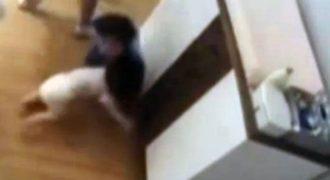 Η σοκαριστική στιγμή που ένας 9χρονος σώζει τον μικρό αδερφό του. Δείτε βίντεο με το στιγμιότυπο