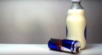 Τι θα συμβεί αν αναμείξετε γάλα και redbull! Δείτε το πιο απρόσμενο πείραμα!