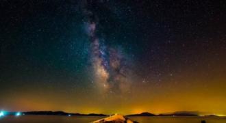 Ο ελληνικός ουρανός 365 ημέρες το χρόνο! Το βίντεο Έλληνα που σάρωσε σε χολιγουντιανά βραβεία.