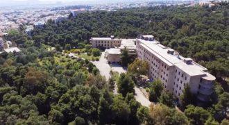 ΝΙΕΝ: Το νοσοκομείο «φάντασμα» της Πεντέλης από ψηλά