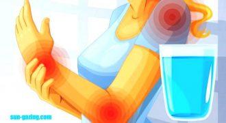 6 Σημάδια-Καμπανάκια που δείχνουν ότι ΔΕΝ πίνετε όσο Νερό πρέπει και Καταστρέφετε την Υγεία σας. Μεγάλη Προσοχή στο 4ο!