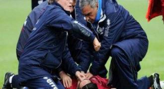 Τρόμος: Άγνωστη δύναμη σέρνει ποδοσφαιριστή μέσα στο γήπεδο! Δείτε το ανατριχιαστικό βίντεο!…