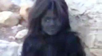 Μικροσκοπικοί άνθρωποι πιάστηκαν ζωντανά στο Ιράν!!! (Βίντεο)
