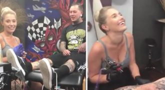 Τατουατζής άφησε την κοπέλα του να του κάνει τατουάζ αλλά της επιφύλασσε μια τεράστια έκπληξη
