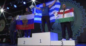 Ο Γιώργος Χαραλαμπόπουλος αναδείχθηκε Ξανά Παγκόσμιος Πρωταθλητής Χειροπάλης !!