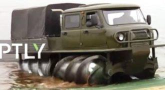 Tο πιο παράξενο όχημα που έχετε δει ποτέ είναι από τη Ρωσία -Κινείται πάνω σε πελώριες…βίδες! (βίντεο)