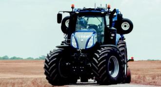 Αυτόνομο Τρακτέρ σαν διαστημόπλοιο φέρνει επανάσταση στα χωράφια. Η εξέλιξη της τεχνολογίας ακόμα και στον αγροτικό τομέα πραγματικά κάνει τη διαφορά (Βίντεο)